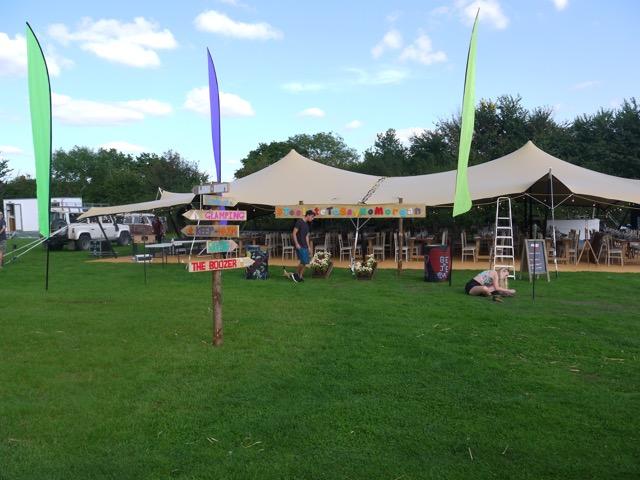 hire stretch tent berkshire 02